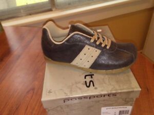 Ladies Rocky Dis Leather Brown. Running Shoe
