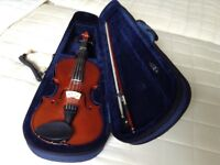 violin adult size good condition with case and chin rest