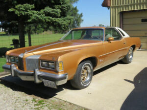 1976 pontiac grand prix golden anniversary edition