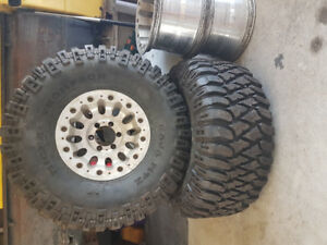 "36x15.5"" Mickey Thompson MTZ Radial"