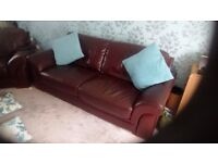 Sofa and one chair,Brown leather,good condition