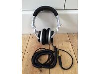 Sony MDR-V700 Professional DJ Headphones