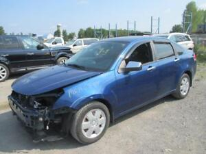 2009 Ford Focus SE **BRANDED SALVAGE**
