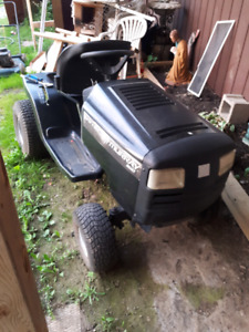 Murray 16.5 hp lawn tractor  NO DECK..