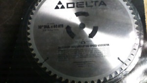 """Saw table /delta blade 10"""""""
