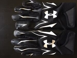 Under Armour Gloves & Wrists Bands
