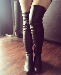 "NEW IN THE BOX ""Legivia"" boots (OVER THE KNEE!)"