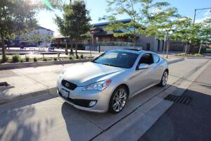 2010 Hyundai Genesis Premium 2.0t Coupe