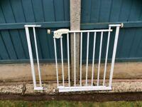 Safety first extendable safety gate
