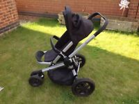 Quinny 2015 Rocking Black Buzz Xtra in good condition for sale