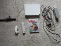 WII CONSOLE PLUS CONTROLLER, AND 1 GAME tournament fishing