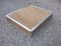 WOODEN AIR FLIGHT CARGO PACKING CRATE BOX PLY AND ALLOY FRAME GOOD STRONG BOX