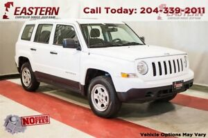 2015 Jeep Patriot North  2.4L MULTI-AIR A/C CRUISE USB AM/FM RAD