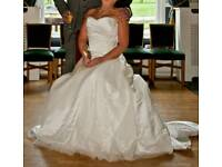 Beautiful Wedding Dress Excellent Condition