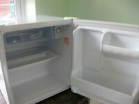 L.G. TABLE TOP FRIDGE NEARLY NEW