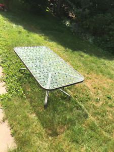 Patio Set Table and 6 chairs $80 or best offer