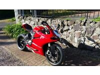 DUCATI PANIGALE 1199 ABS (64 plate)IN STUNNING CONDITION & LOADED WITH EXTRAS