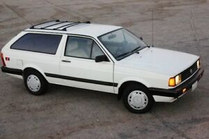 Cherche / looking 1988 Volkswagen VW Fox Wagon / Familiale