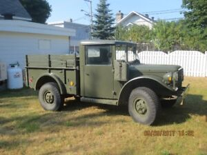 M-37  1953 power wagon militaire