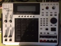 Sell AKAI MPC 2500 -