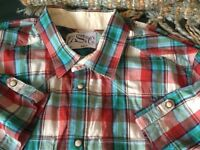 Levi Strauss short sleeve shirt very good condition size M