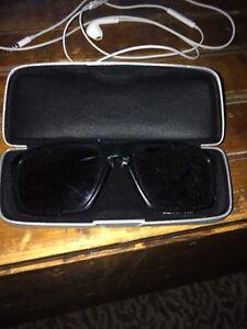 Oakley silver sun glasses