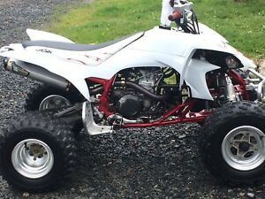 Mint Yamaha yfz450 needs nothing has papers sell or trade