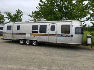 1983 Airstream 34' Limited