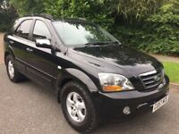 KIA SORENTO 2.5 DIESEL XE 57 REG IN BLACK WITH SERVICE HISTORY,NEW CHAIN AND SERVICED 1 WEEK AGO