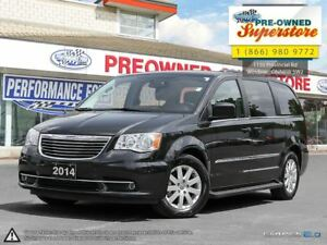 2014 Chrysler Town & Country Touring***DVD, NAV, power doors***