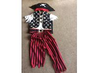 Pirates dressing up for kids 3-5