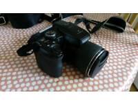 Fujifilm Finepix s8200 Bridge Camera