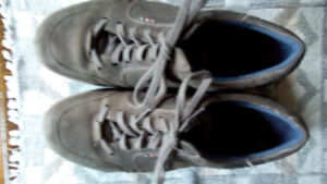 ECCO Mens shoes, brown; very good condition; European size 42
