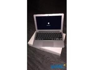Macbook air 11 pouces à vendre
