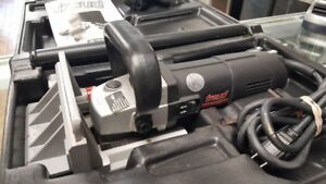 BISCUITEUSE / JOINER MACHINE / FREUD JS100A