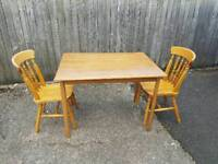 Pine Dining/Kitchen Table & Chairs