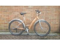 Electric Bike Izip Trekking Enlightened 18 speed Low Step