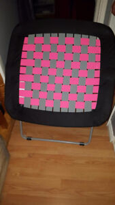 Black & Pink Bungee Chair