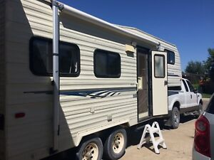 1992 Timberland by Security 5th Wheel Trailer
