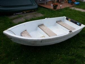 9 ft row boat for sale