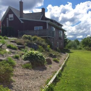 Countryside 3 bedroom Duplex with Lakefront,close to Bridgewater