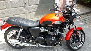 2013 Triumph Bonneville Motorcycle