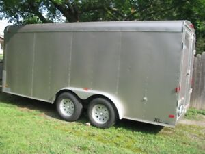16 FOOT ENCLOSED 2009 TRAILER  CARGO EXPRESS  BARN  DOORS