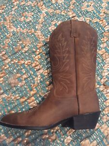 Brand new Ariat boots - straight from Nashville!