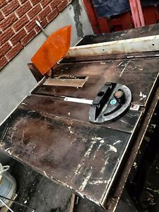 """Banc de scie Rockwell Table Saw, 9"""""""