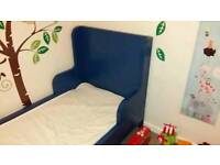 Extendable child's bed