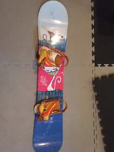 Girls Youth Snowboard with bindings