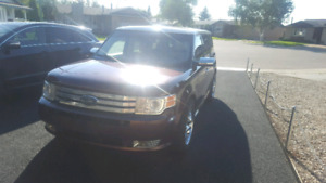 2009 Ford Flex limited AWD low kms and motivated seller