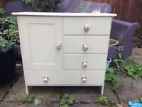 VINTAGE SMALL WOODEN CUPBOARD WITH DRAWERS AND POT HANDLES