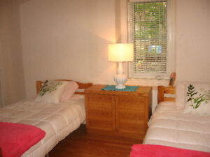 Beautiful-Room-for-Rent in Buckhorn! 25 min drive to Trent Univ!